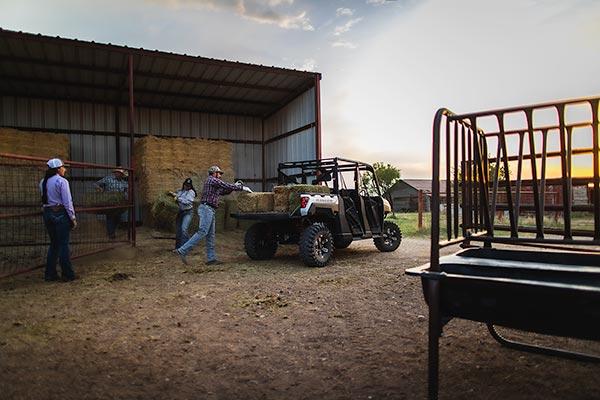 Ranger Crew Xp 1000 Eps Utv Traktör